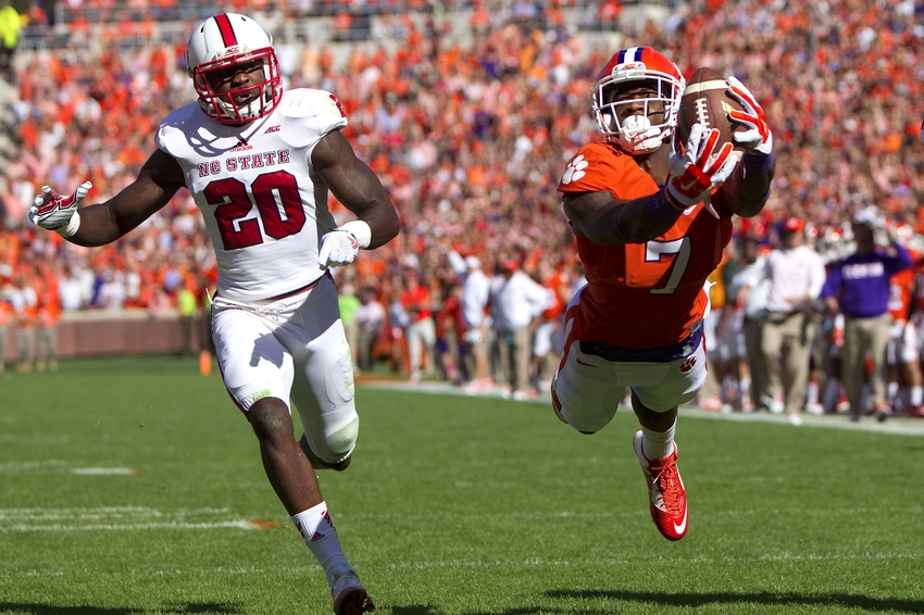 Tigers Maul Nc State In Death Valley 41 0